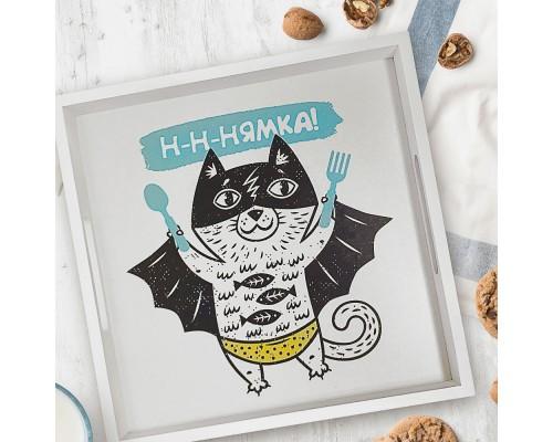 Деревянный поднос с принтом Нямка - кот супергерой